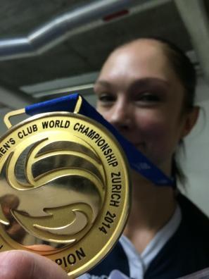 Ekaterina Gamova etter sier i VM for klubblag i 2014.