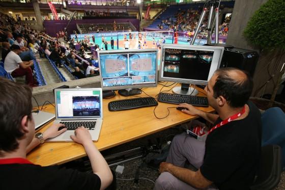 PlayfulVision-teamet i arbeid på Montreaux Volley Masters 2014