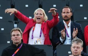 I London-OL 2012 var Mette-Marit engasjert med å heie frem Tarjei Skarlund og Martin Spinnangr,